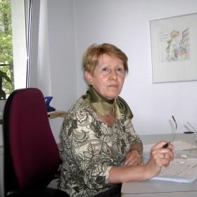 Frau Weiß SteuerfachangestellteIn der Kanzlei seit 2006